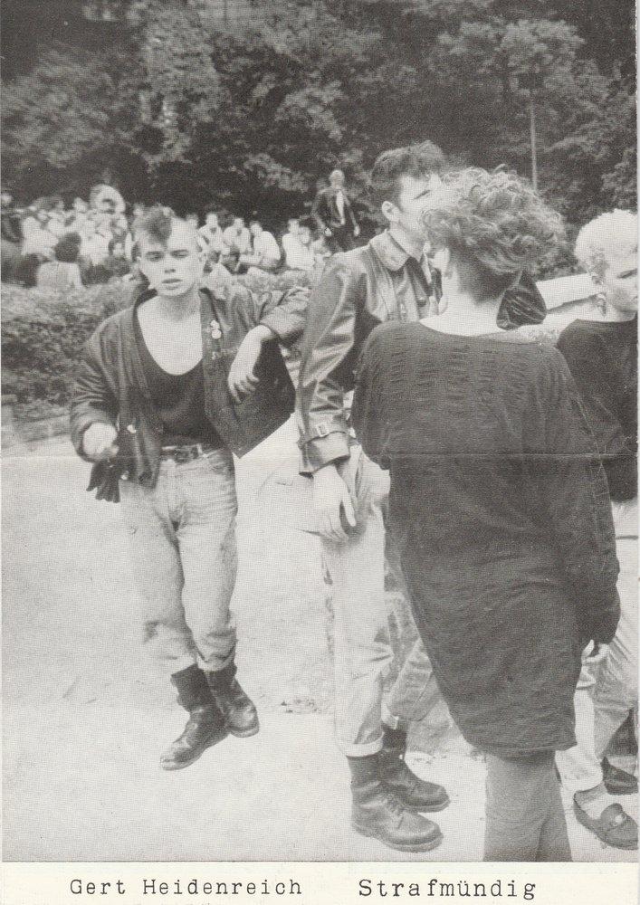 Programmheft Gert Heidenreich STRAFMÜNDIG Volkstheater Rostock 1989