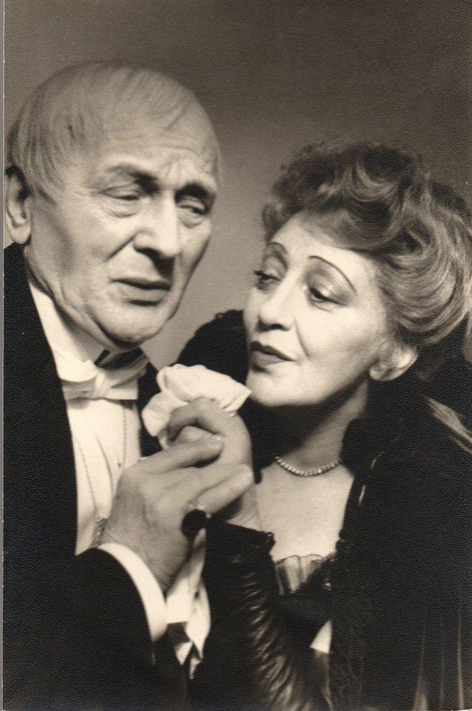 Szenenfoto Käthe Dorsch und PAUL BILDT Vom TEUFEL GEHOLT mit Widmung 1952